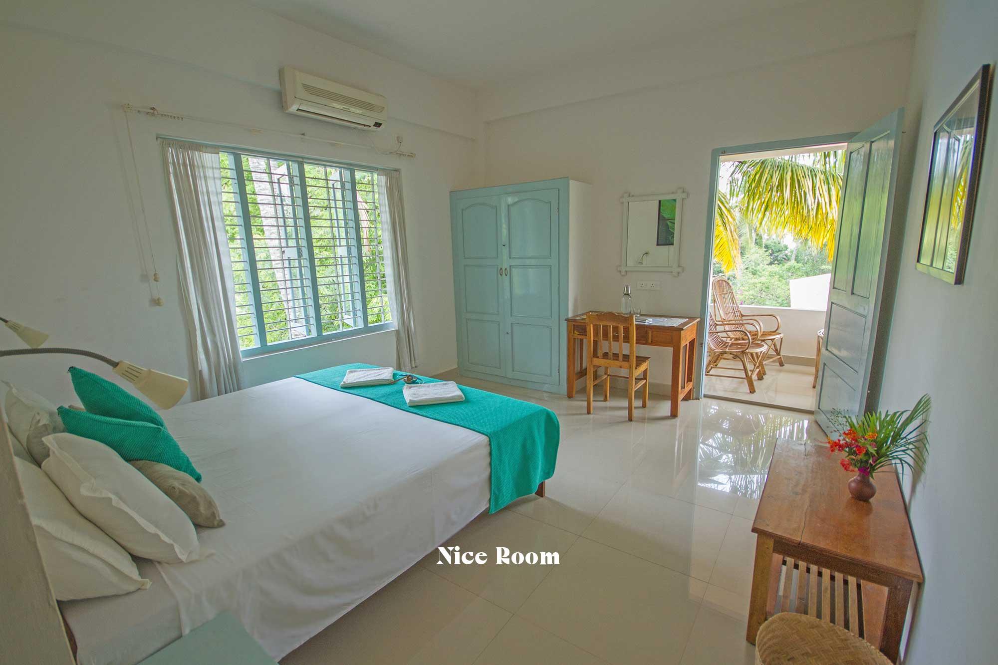 https://www.soulandsurf.com/wp-content/uploads/2021/10/roomsindia-images-26-Niceroom.jpg